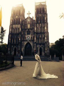 Wedding Photoshoot at the Cathedral in the Old Quarter